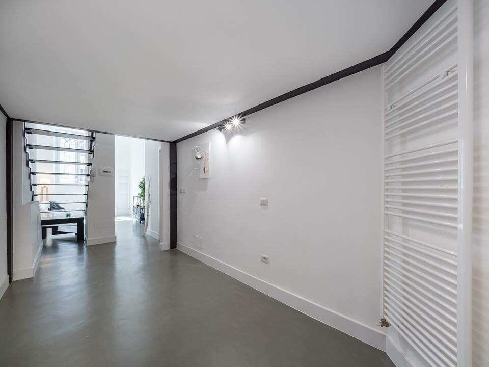 Quando pitturare casa, pavimenti in resina