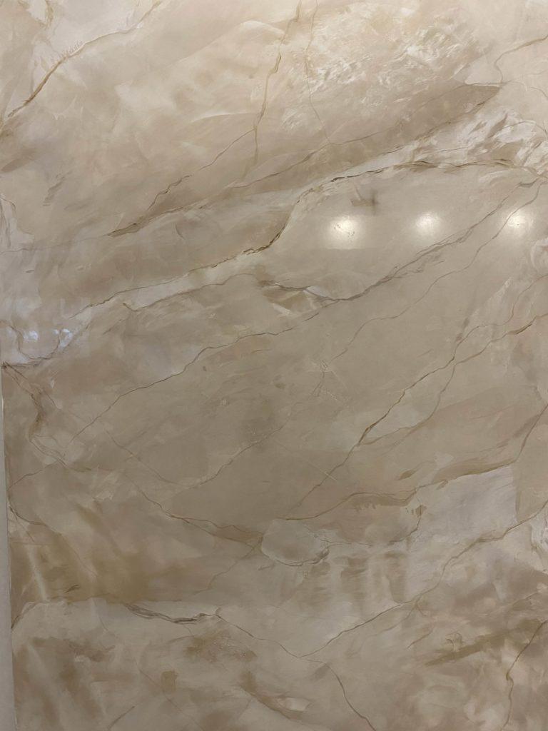 Finto marmo avorio